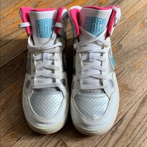 Nike hi-top sneakers for girls